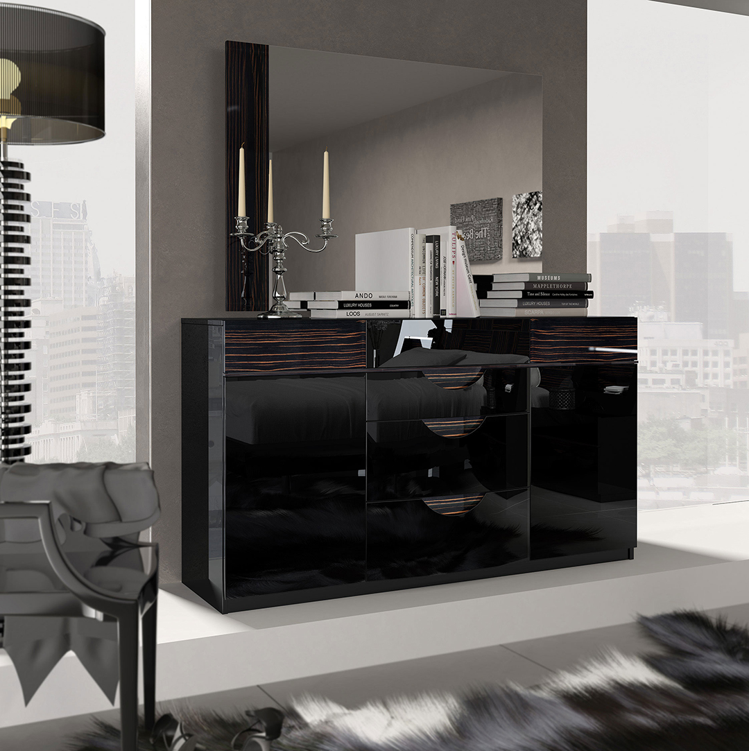 Dresser 150cm And Mirror